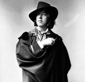 oscar wilde with hat
