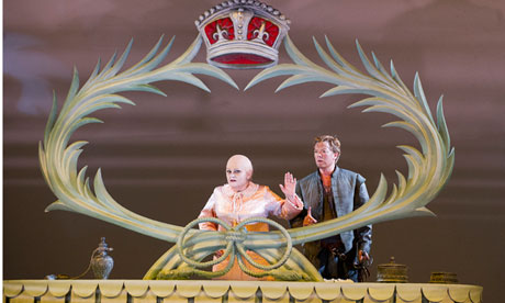 Still from Benjamin Britten's opera 'Gloriana'.