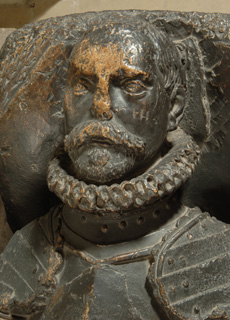 Sir Thomas Heneage funeral effigy