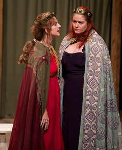 Zia Wheeldon as Goneril and Kirsten Carmichael as Regan