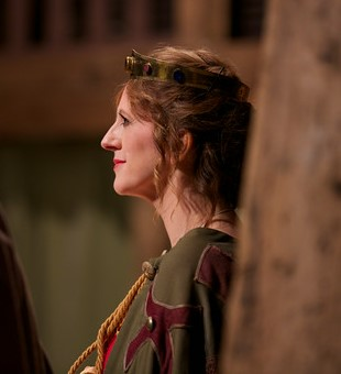 Zia Wheeldon as Goneril.