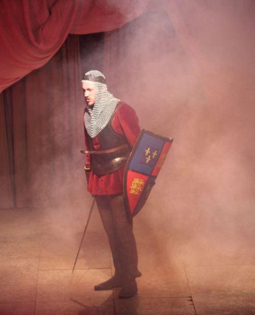 M King Henry in battle